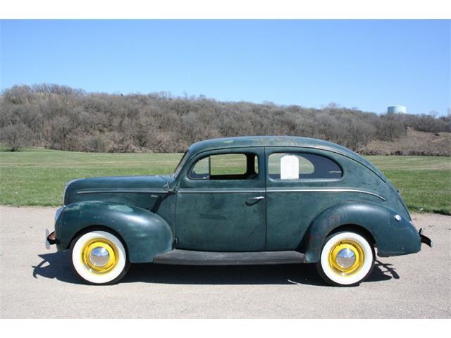 1940 Ford Tudor | 905170