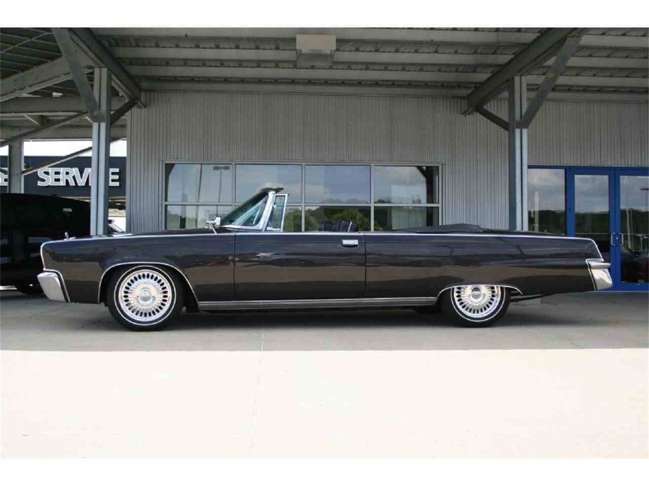 Large Picture of Classic '65 Chrysler Imperial located in Sioux City Iowa Offered by Jensen Dealerships - JEGD