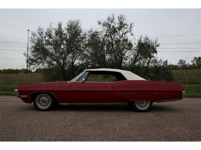 1967 Pontiac Grand Prix | 905206