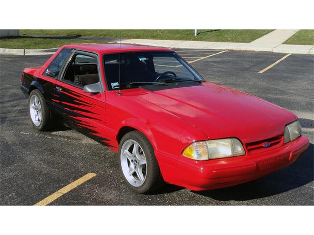 1990 Ford Mustang | 905286