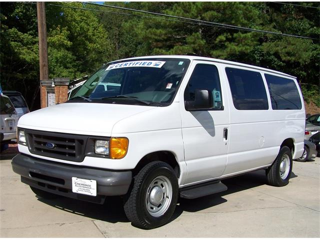 2006 Ford E150 Club Wagon | 905401
