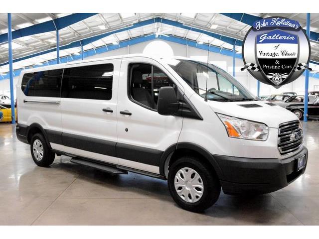 2016 Ford Transit Wagon | 905424