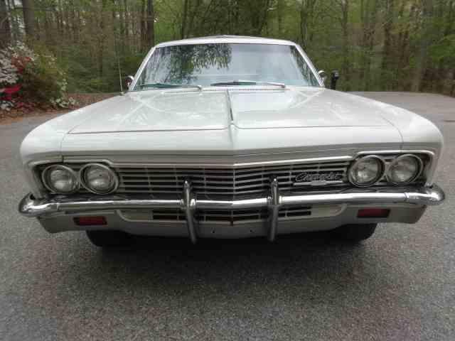 1966 Chevrolet Impala | 905487