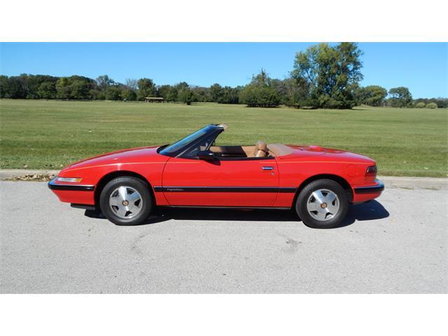 1990 Buick Reatta | 905657