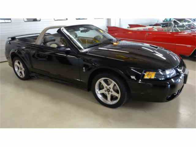 2001 Ford Mustang | 905765