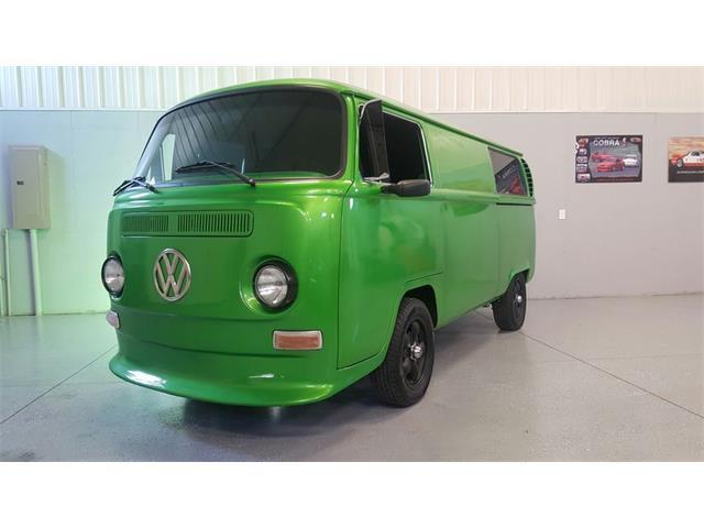 1971 Volkswagen Bus | 906034