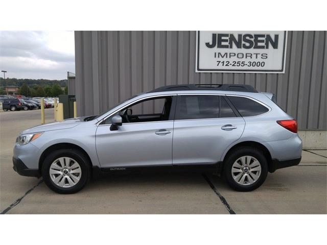 2015 Subaru Outback 2.5i Premium w/ Moonroof/Power Rear Gate | 906101