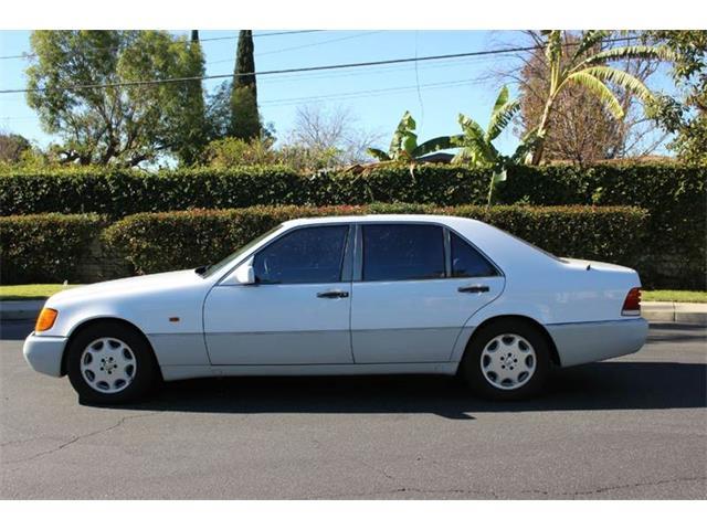 1993 Mercedes-Benz 400-Class | 906108