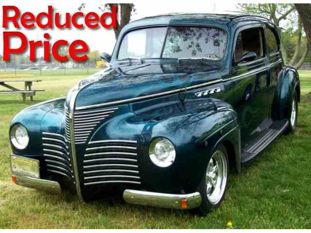 1940 PLYMOUTH SEDAN CUSTOM | 906240