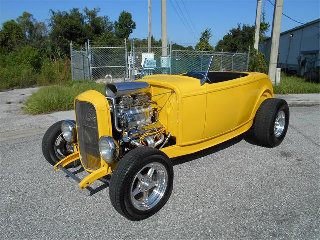 1932 Ford Roadster | 906252