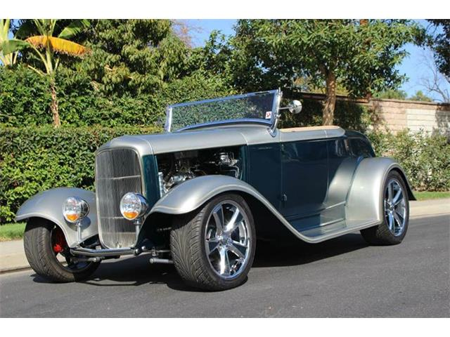 1932 Ford Roadster | 906299