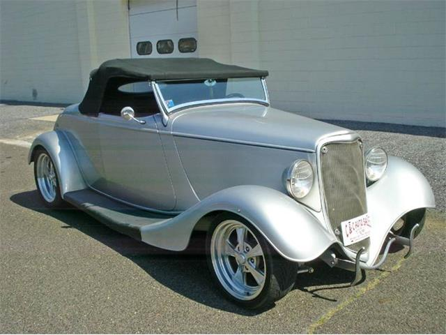 1933 Ford Roadster | 906432