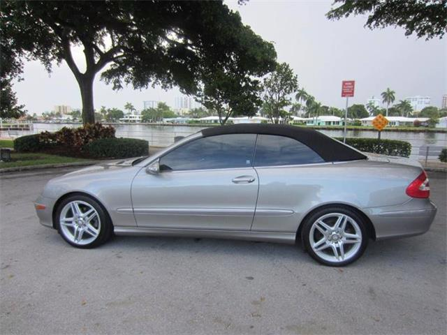 2005 Mercedes-Benz CLK | 906643