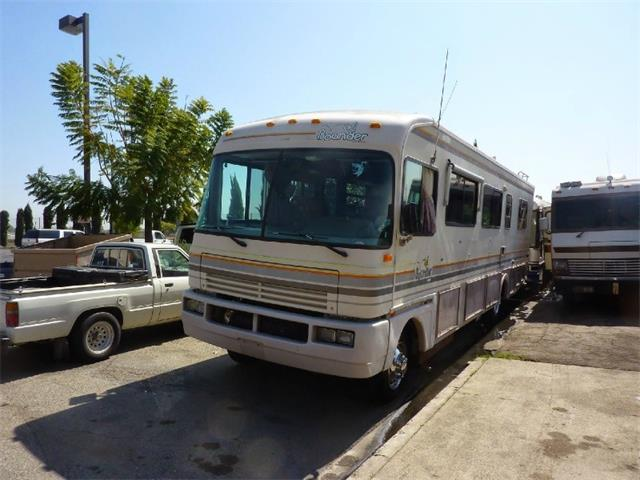 1992 Fleetwood BOUNDER OSH KOSH DIESEL PUSHER | 900665