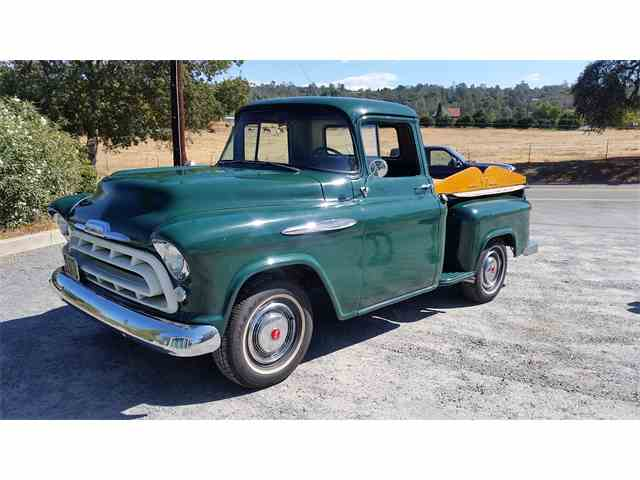 1957 Chevrolet Pickup | 906671