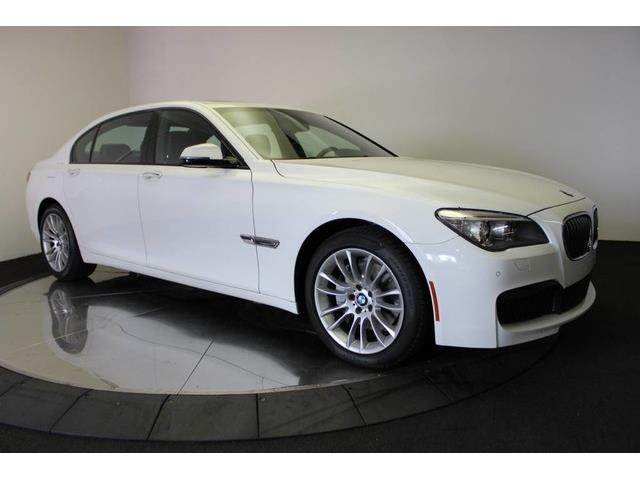 2013 BMW 7 Series | 900670