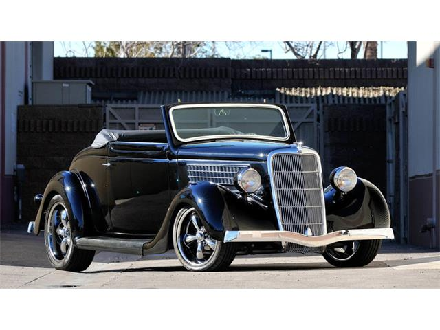 1935 Ford Cabriolet | 906734