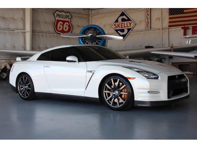 2013 Nissan GT-R | 906826