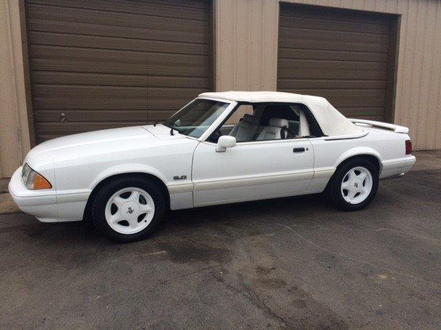 1993 Ford Mustang | 906915