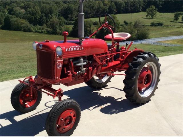 1949 Farmall Cub   906950