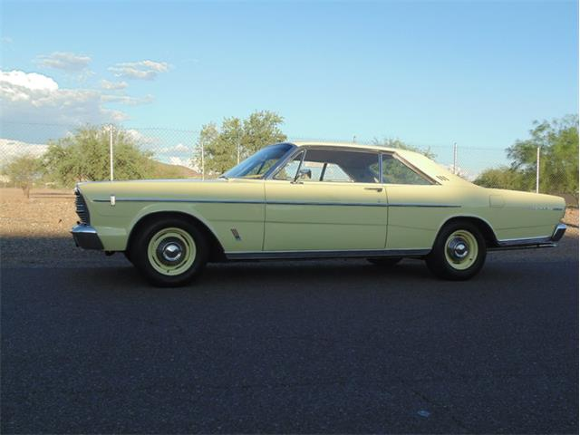 1966 Ford Galaxie 500 | 906982