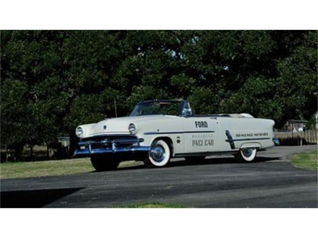 1953 Ford Sunliner | 907081