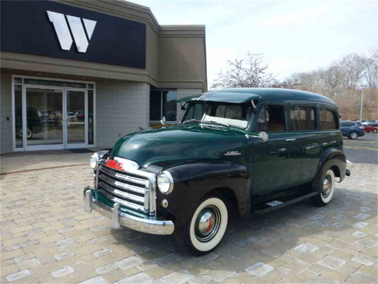 1952 gmc suburban for sale cc 907180. Black Bedroom Furniture Sets. Home Design Ideas