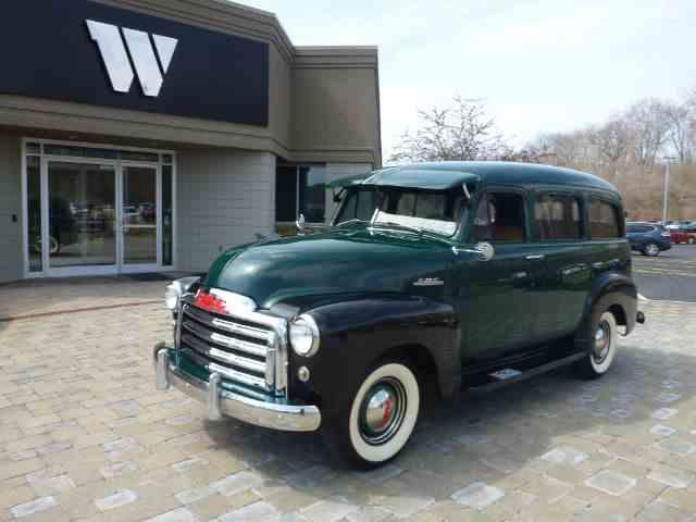 1952 GMC Suburban | 907180