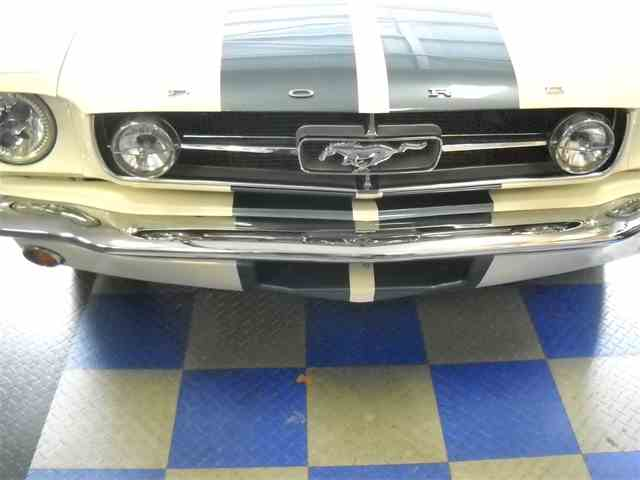 1965 Ford Mustang   907195
