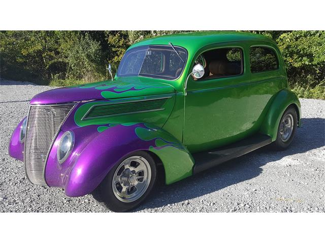 1937 Ford Slantback | 907229
