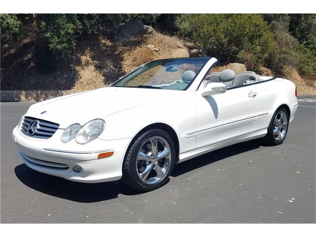 2005 Mercedes-Benz CLK320 | 907274