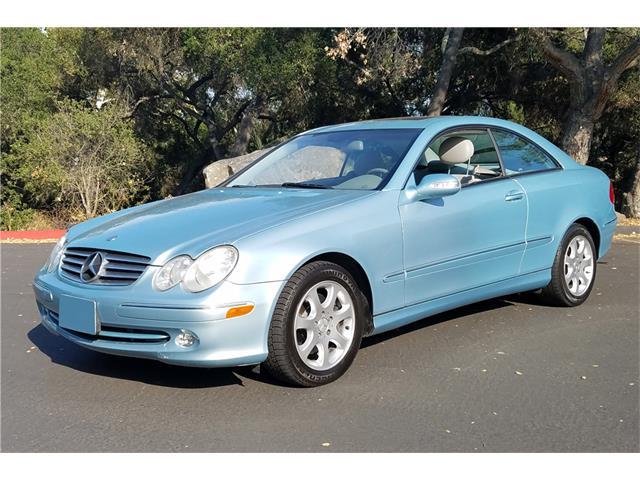 2004 Mercedes-Benz CLK320 | 907276