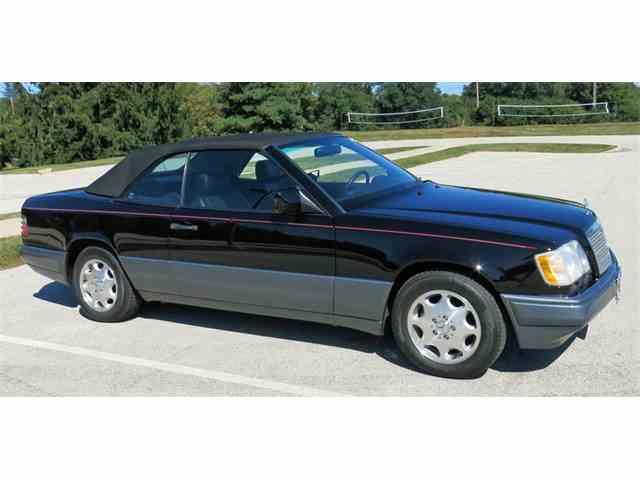 1995 Mercedes-Benz E320 | 907350