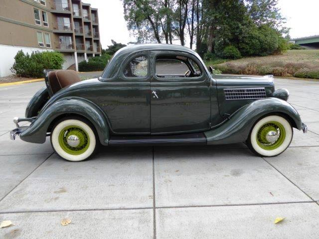 1935 Ford 5-Window Coupe | 907606