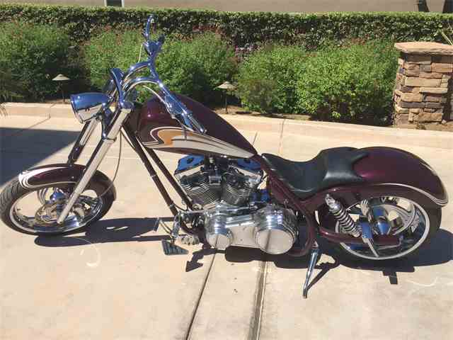 2005 Custom Motorcycle   907635