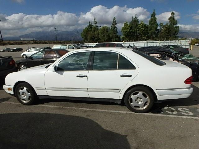 1997 Mercedes-Benz E-Class | 900764