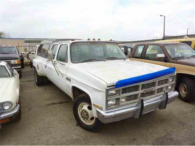 1985 Chevrolet CREW CAB DUALLY | 900767
