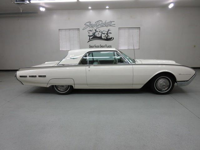 1962 Ford Thunderbird | 907724