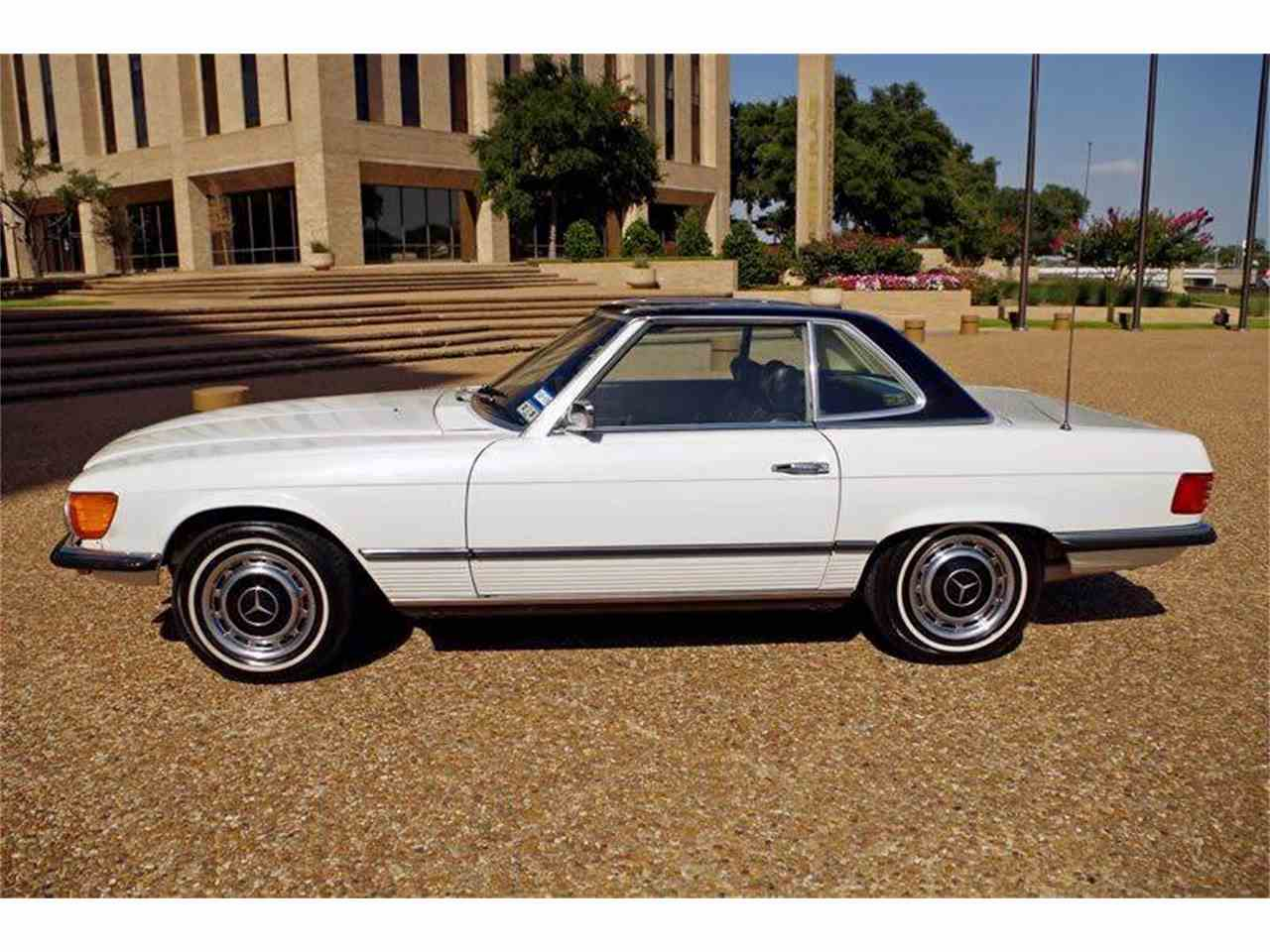 Large Picture of Classic 1972 Mercedes-Benz SL-Class Offered by European Motor Cars LTD - JGGA