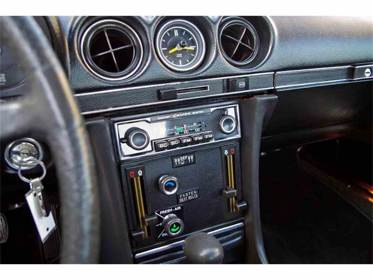Large Picture of Classic '72 Mercedes-Benz SL-Class located in Fort Worth Texas Offered by European Motor Cars LTD - JGGA