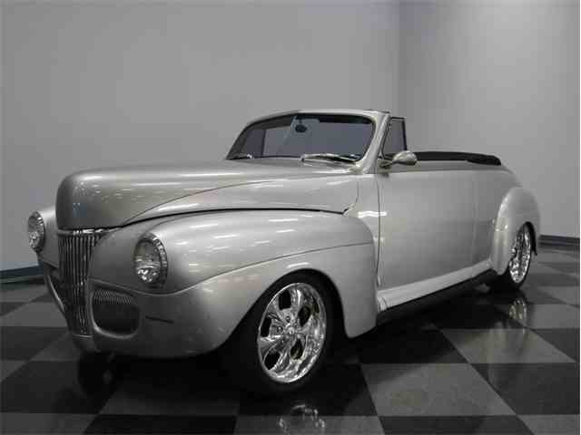 1941 Ford Cabriolet | 907791