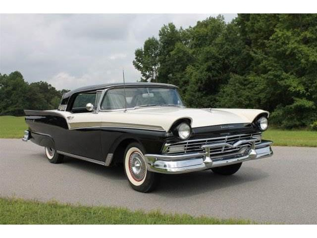 1957 Ford Fairlane 500 - Retractable | 907917