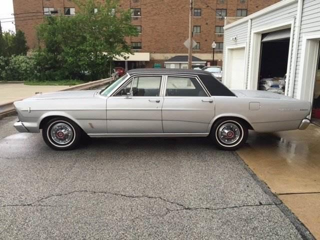 1966 Ford Galaxie | 907924