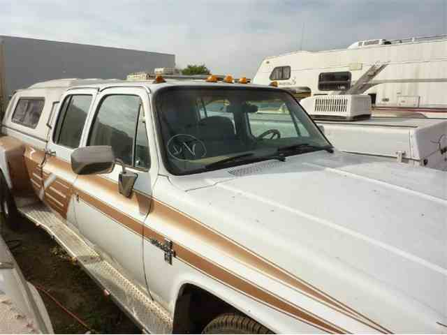 1987 Chevrolet CREW CAB DUALLY | 900818