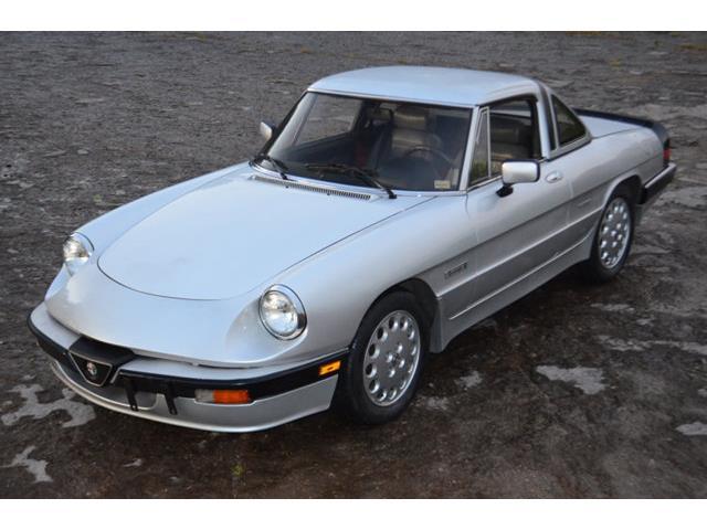 1986 Alfa Romeo 2000 Spider Veloce | 908229