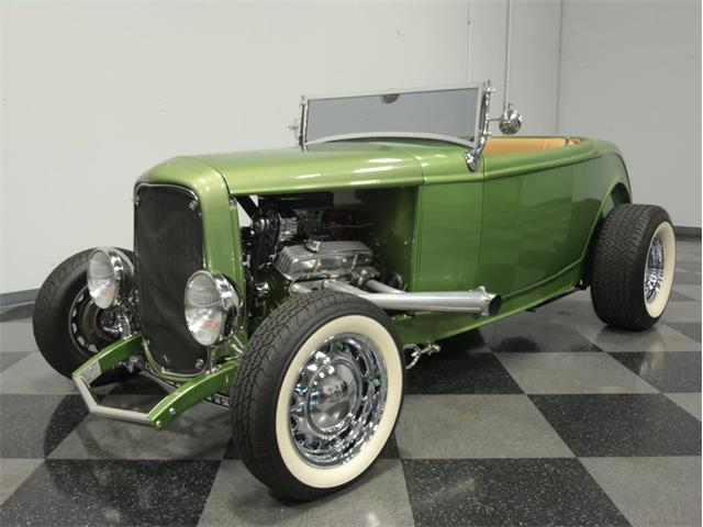 1932 Ford Roadster | 908266