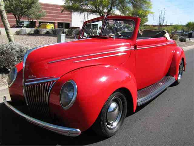 1939 Ford Deluxe | 900083