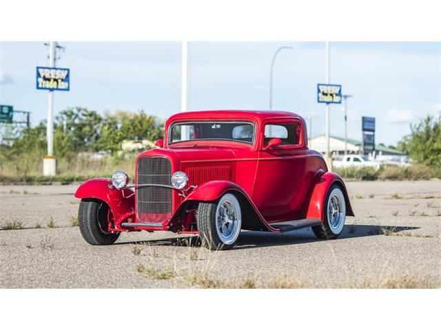 1932 Ford 3-Window Coupe | 908483