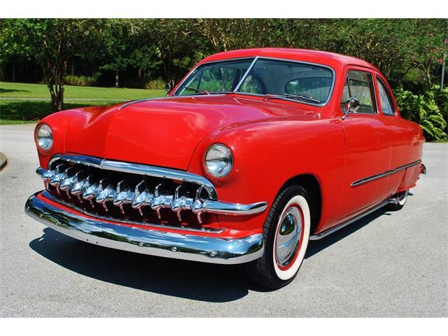 1949 Ford Custom | 908547