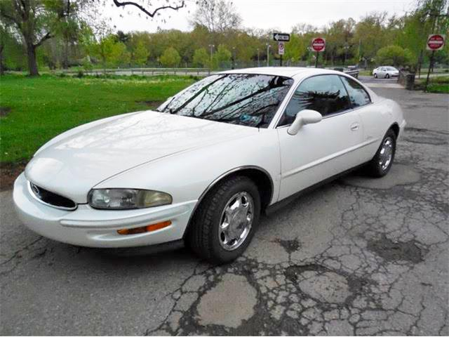 1996 Buick Riviera | 908612